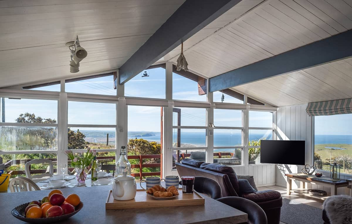 Dog-friendly holiday chalet with sea views in Wales | The Sea Shack Aberdovey